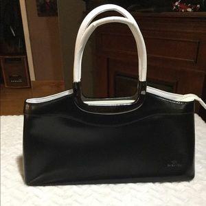 Vera Pelle Black and White Handbag